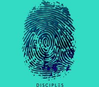 Candidato 17. Disciples = On My Mind