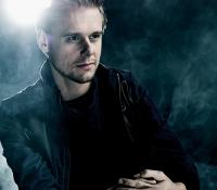 Armin vuelve a UNIKA FM en una noche muy especial