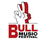 El Bull Music Festival sube el escalón y reúne a 12.000 personas.