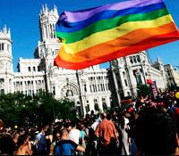 FOX se une al World Pride 2017 y organizará bodas homosexuales en un autobús que desfilará por Madrid