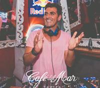 Marcos Cruz comienza su décima temporada en Café del Mar Tarifa