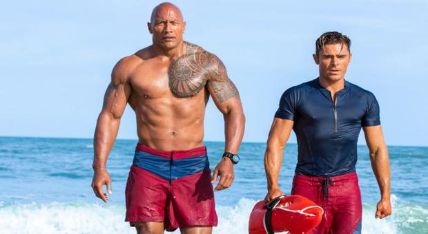 Dos películas: Baywatch y Piratas del Caribe 5; con muy bajas recaudacines en Hollywood