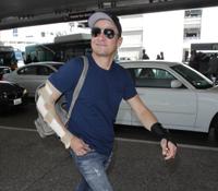 """""""Gajes del oficio"""", declaró el actor Jeremy Renner tras lesionarse ambos brazos"""