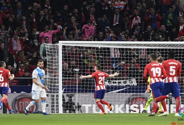 Un penalti salva al Atlético de Madrid del desastre
