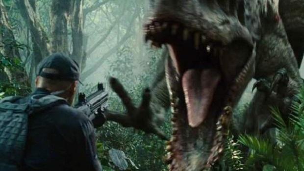 """Telecinco vuelve a cambiar la parrilla y arrasa con la emisión de la película """"Jurassic World"""""""