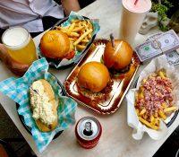 Restaurante australiano con el nombre de Pablo Escobar envuelto en críticas por uno de sus productos