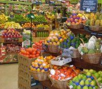 Orina en el puesto de patatas de un supermercado