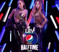 Jennifer Lopez y Shakira arrasan en el descanso de la Super Bowl