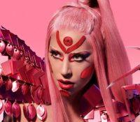 Lady Gaga, una de las muchas artistas que retrasa su disco