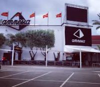 Desalojan a 130 personas de la discoteca Amnesia