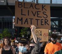 Twitter bate record de descargas gracias al movimiento #BlackLivesMatter