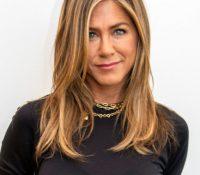 Jennifer Aniston comparte esta impactante foto para intentar concienciar sobre el uso de la mascarilla