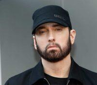 Un hombre irrumpe en casa de Eminem y amenaza con matarlo