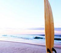 Aparece en Filipinas la tabla que un surfista había perdido en Hawaii dos años atrás