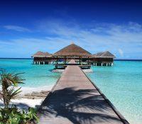 """Un resort en las Maldivas ofrece """"trabajar"""" de lujo junto al océano"""