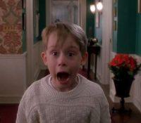 Macaulay Culkin sorprende con una mascarilla que homenajea a 'Solo en Casa'