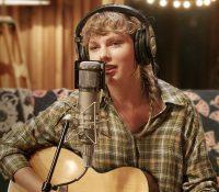Taylor Swift lanza la edición deluxe de 'Folklore'