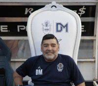 Maradona, ingresado en un hospital de La Plata