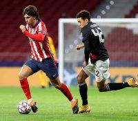 El Atlético se conforma con un empate insuficiente ante el gigante alemán