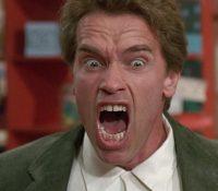 Arnold Schwarzenegger se reúne con sus alumnos de 'Poli de guardería'