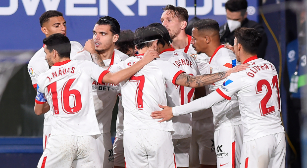 El Sevilla sigue en la lucha