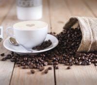 Un médico se vuelve viral en TikTok al desvelar los ingredientes secretos de una taza de café