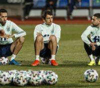 Ramos, Gayá y Gerard Moreno, bajas en el primer entrenamiento de España