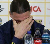 Ibrahimovic rompe a llorar en una rueda de prensa con la selección sueca