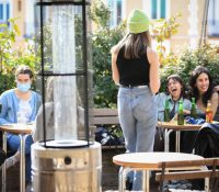 La llegada de los turistas franceses provoca una oleada de memes en Twitter