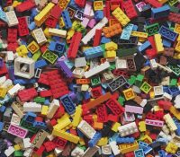 La cuenta de TikTok que enseña recetas de cocina a través de piezas de Lego
