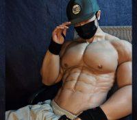 El traje musculoso para hombres que se ha popularizado en China