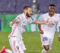 Benzema rescata al Madrid del abismo