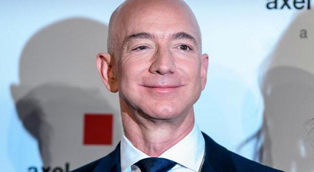 Miles de firmas en change.org para que Bezos no regrese a la tierra