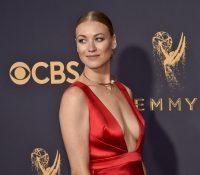 Yvonne Strahovski da el salto a heroína en el cine de acción en 'La Guerra del Mañana'