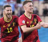 Bélgica tumba al campeón