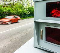 Radares que detectan conductores sin carnet