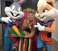 Polémica por el doblaje de Lola Índigo como Lola Bunny en 'Space Jam: Nuevas Leyendas'