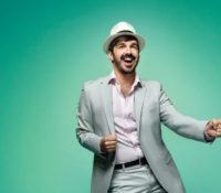 El 'hombre orquesta' vuelve a conquistar internet con el tema que lo hizo viral en 2020
