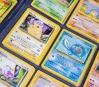 Un empresario gasta 57.000 dólares de ayuda por el COVID en una carta Pokémon